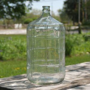 ITALIAN 6 GALLON GLASS CARBOY