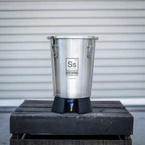 Brew Bucket Mini Fermenter - 3.5 gal. FE803