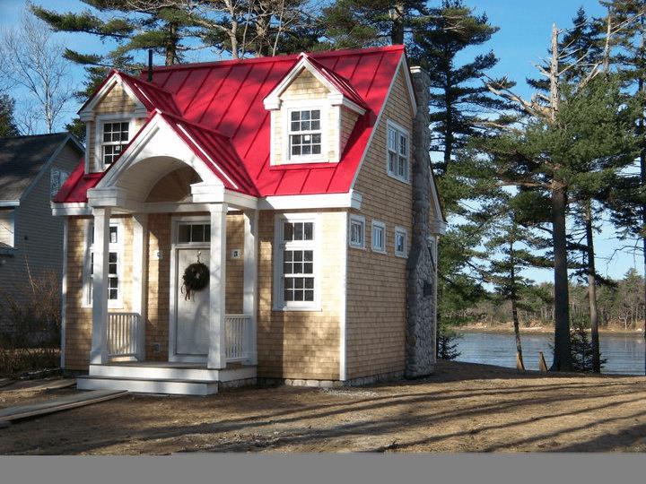 Maine Custom Tiny Homes