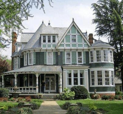 Victorian-Architectural-Style-1-min