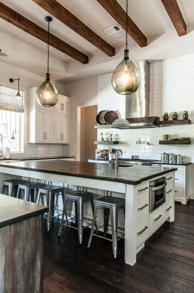 farmhouse kitchen island lights Farmhouse Interior Design Ideas - Home Bunch Interior Design Ideas