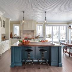 Blue Kitchen Island With Granite Top Farmhouse Home Bunch Interior Design Ideas Great Paint Color Farmhousekitchen