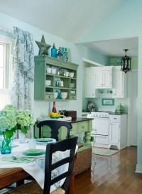 Small Lake Cottage with Turquoise Interiors - Home Bunch ...