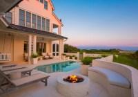 Beach House with Airy Coastal Interiors - Home Bunch ...
