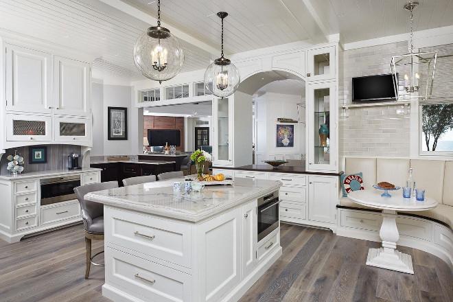 Classic Gambrel Style Shingle Home Home Bunch Interior