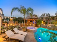 Family Vacation Beach House - Home Bunch Interior Design Ideas