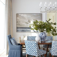 Patterned Living Room Chairs Chair Covers And Bows Coedcae Lane Chic Bachelorette Apartment Design - Home Bunch Interior Ideas
