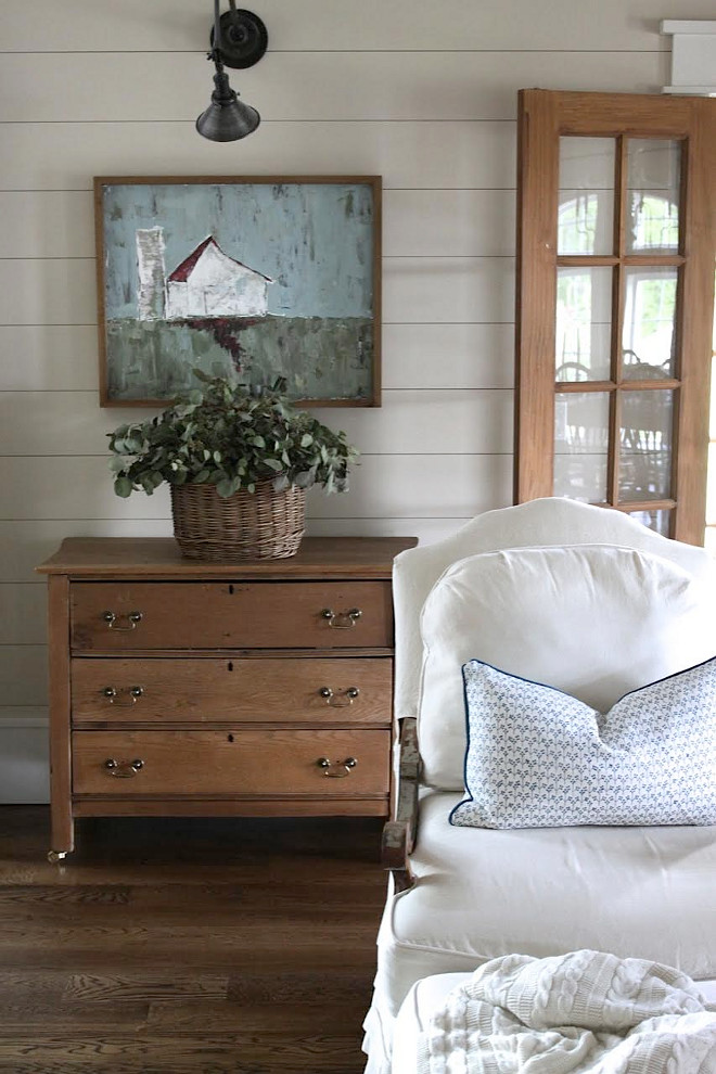 Shiplap Interiors. Shiplap Interiors. Farmhouse Shiplap Interiors. Shiplap Interiors #ShiplapInteriors Home Bunch's Beautiful Homes of Instagram @blessedmommatobabygirls