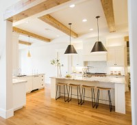 Transitional Farmhouse Interior Design - Home Bunch ...