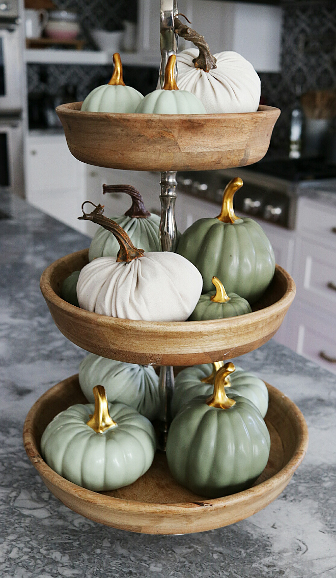 Heirloom pumpkins. Faux heirloom pumpkins. Small Faux heirloom pumpkins. Kitchen island decor Faux heirloom pumpkins #Fauxheirloompumpkins #heirloompumpkins @house.becomes.home