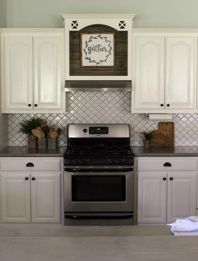 Bianco Arabesque Tile Backsplash with Grey Oyster grout from Home Depot. #backsplash #tile #greygrout Home Bunch Beautiful Homes of Instagram @cottonstem