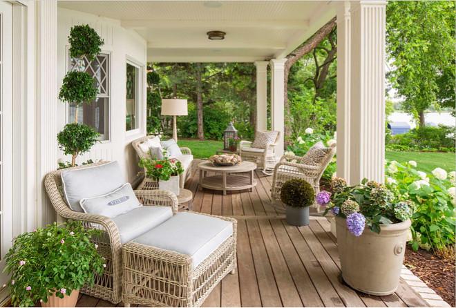 Kingsley Bates outdoor furniture. Kingsley Bates outdoor furniture. Kingsley Bates patio furniture #KingsleyBates #outdoorfurniture #patiofurniture Beautiful Homes of Instagram @SweetShadyLane