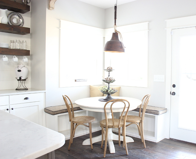 Farmhouse Breakfast Room Inviting Farmhouse Breakfast Room with banquette and rustic farmhouse pendant light Farmhouse Breakfast Room #FarmhouseBreakfastRoom #banquette #rustic #farmhousependantlight Beautiful Homes of Instagram Home Bunch @crateandcottage