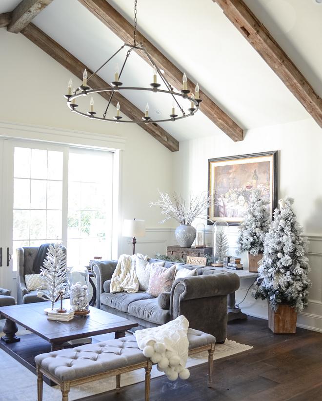 Farmhouse Chandelier Living Room Farmhouse Chandelier Reclaimed beams with Farmhouse chandelier