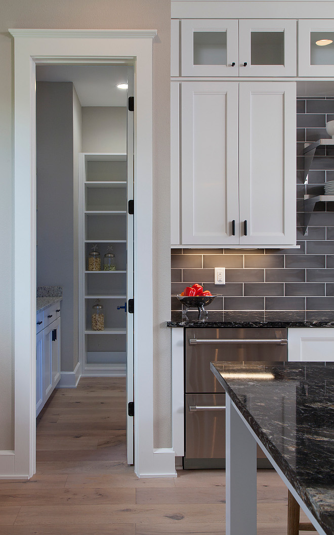 Kitchen Pantry Kitchen pantry layout pantry off kitchen #kitchenpantry #pantry #pantrylayout Home Bunch