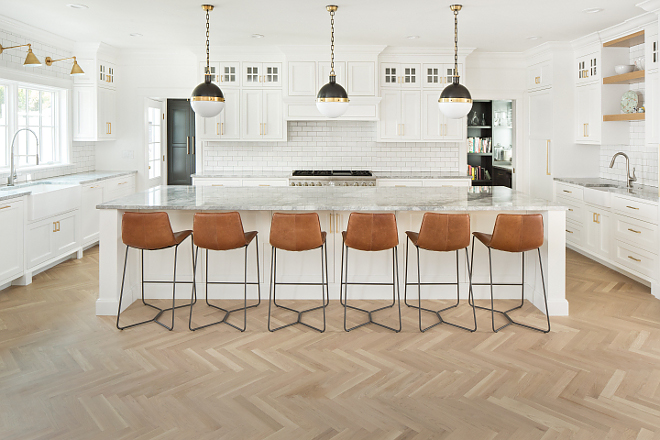 White kitchen with herringbone hardwood flooring White kitchen with herringbone hardwood flooring White kitchen with herringbone hardwood flooring #Whitekitchen #kitchenherringbonehardwoodflooring #herringbonehardwoodflooring