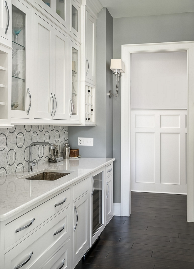 1600 Timber Wolf by Benjamin Moore Wall color is 1600 Timber Wolf by Benjamin Moore