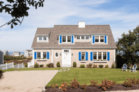 Cape Cod Shingle Beach House - Home Bunch Interior Design ...