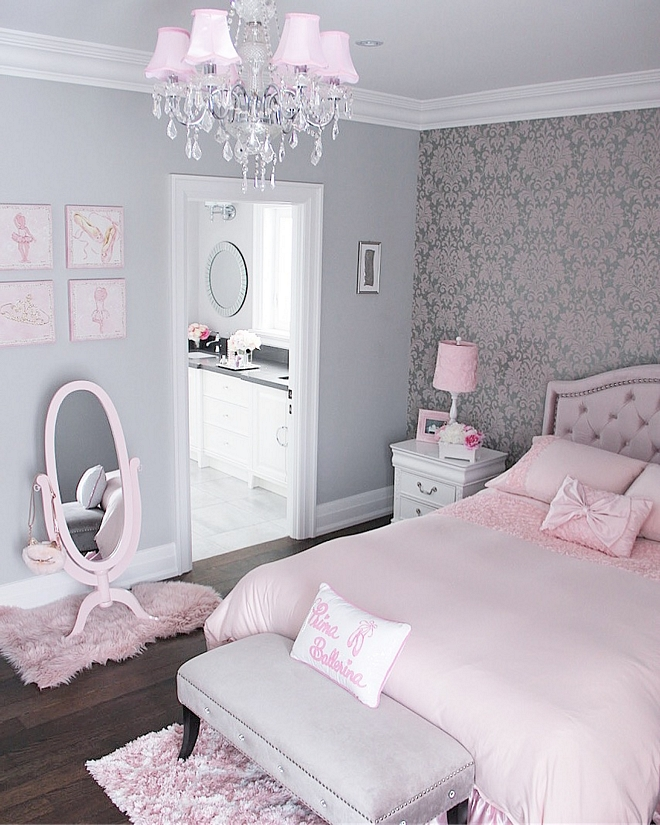 Silver Chain by Benjamin Moore Silver Chain by Benjamin Moore Grey bedroom with pink decor Silver Chain by Benjamin Moore