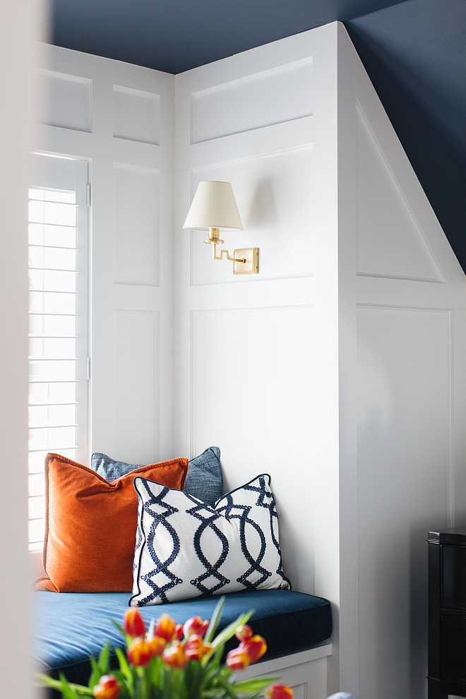 Benjamin Moore Newburyport Blue HC-155 Navy blue ceiling paint color Benjamin Moore Newburyport Blue HC-155 Benjamin Moore Newburyport Blue HC-155