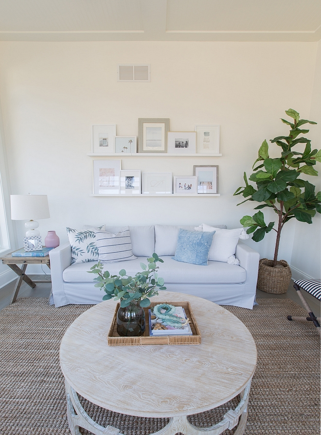 Paint Color Benjamin Moore Simply White