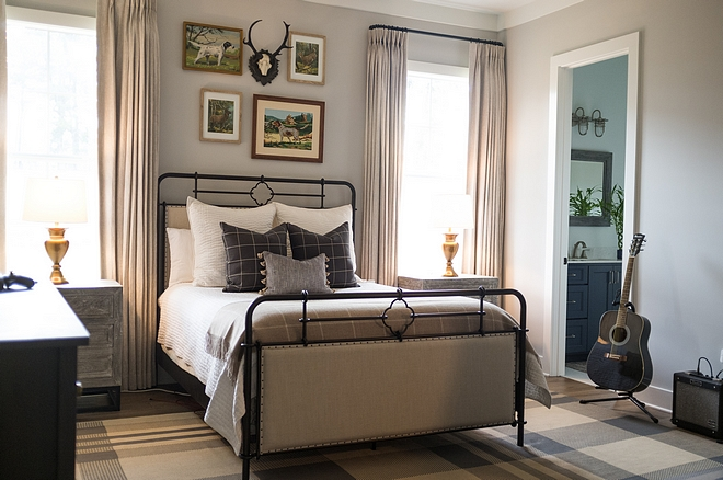 Grey Farmhouse Bedroom Grey Farmhouse Bedroom Grey Farmhouse Bedroom #GreyFarmhouseBedroom #FarmhouseBedroom