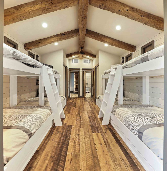 Bunk room Bunk beds highlighted with reclaimed floors and timbers Rustic Bunkroom Bunk beds highlighted with reclaimed floors and timbers Ructic Bunk beds highlighted with reclaimed floors and timbers #Bunkroom #Bunkbeds #reclaimedfloors #timbers #rusticbunkroom