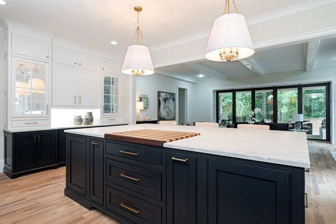 Kitchen Open layout Open layout kitchen design open kitchen and family room casual layout perfect for family and entertaining #kitchenlayout #openkitchenlayout