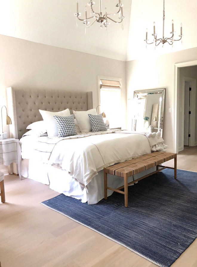 Benjamin Moore Classic Gray Soft Paint color Pale Gray Paint Colors Benjamin Moore Classic Gray Benjamin Moore Classic Gray #BenjaminMooreClassicGray #softapaintcolor #palepaintcolor #paintcolors #BenjaminMoore #BenjaminMoorepaintcolors