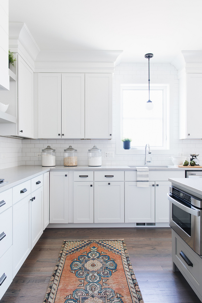 Online Kitchen Cabinet Store with Trim to give the kitchen a custom cabinet look