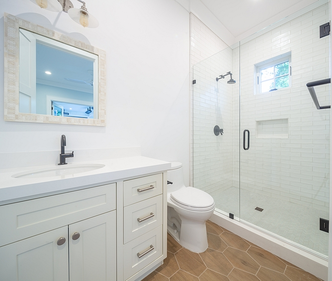 Super White OC- 152 Crisp White Bathroom Paint Color Cabinet paint color is Sherwin Williams Sea Salt SW 6204 Benjamin Moore Super White OC- 152 Crisp White Bathroom Paint Color #BenjaminMooreSuperWhite #OC152 #CrispWhite #Bathroom #PaintColor