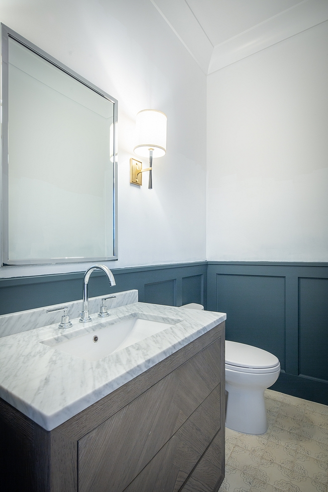 Benjamin Moore Narragansett HC-157 Benjamin Moore Narragansett HC-157 wainscoting paint color Benjamin Moore Narragansett HC-157 Bathroom wainscoting paint color Benjamin Moore Narragansett HC-157 #BenjaminMooreNarragansett #HC157 #wainscoting #paintcolor #BenjaminMoore #BenjaminMoorepaintcolor
