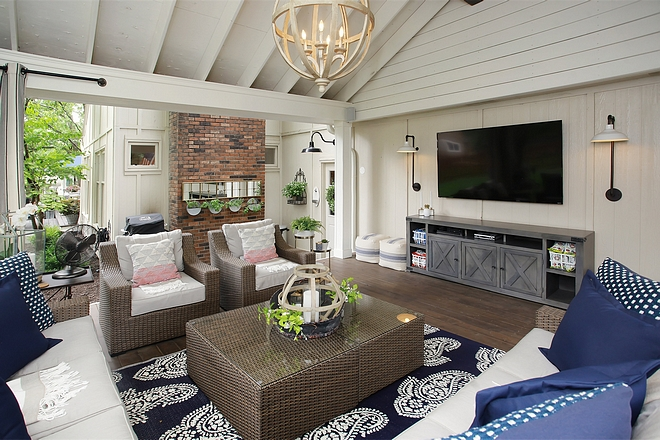 Back porch with TV Modern Farmhouse Covered Back porch with TV Back porch with TV #Backporch #TVBackporch