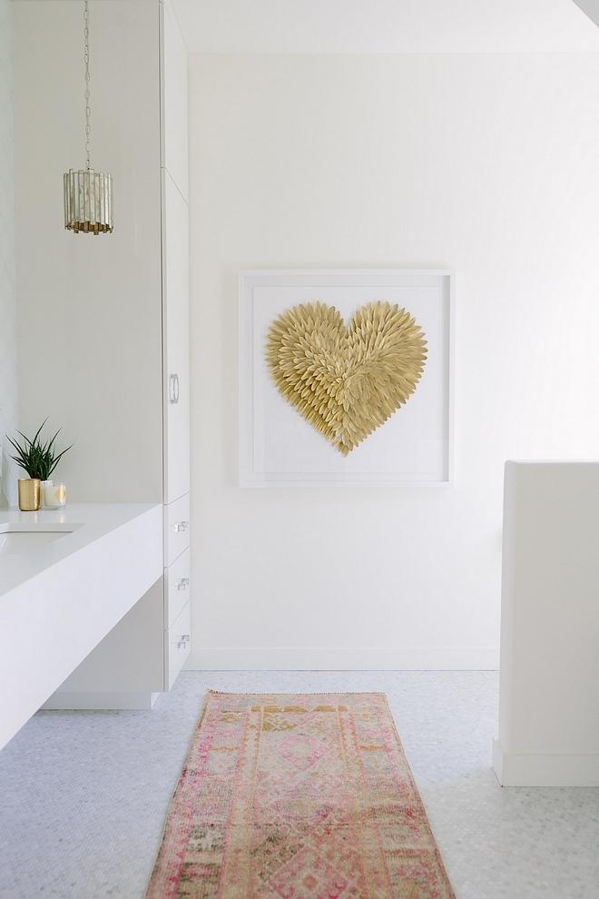 Benjamin Moore White Dove Most loved white paint color by interior designers #BenjaminMooreWhiteDove