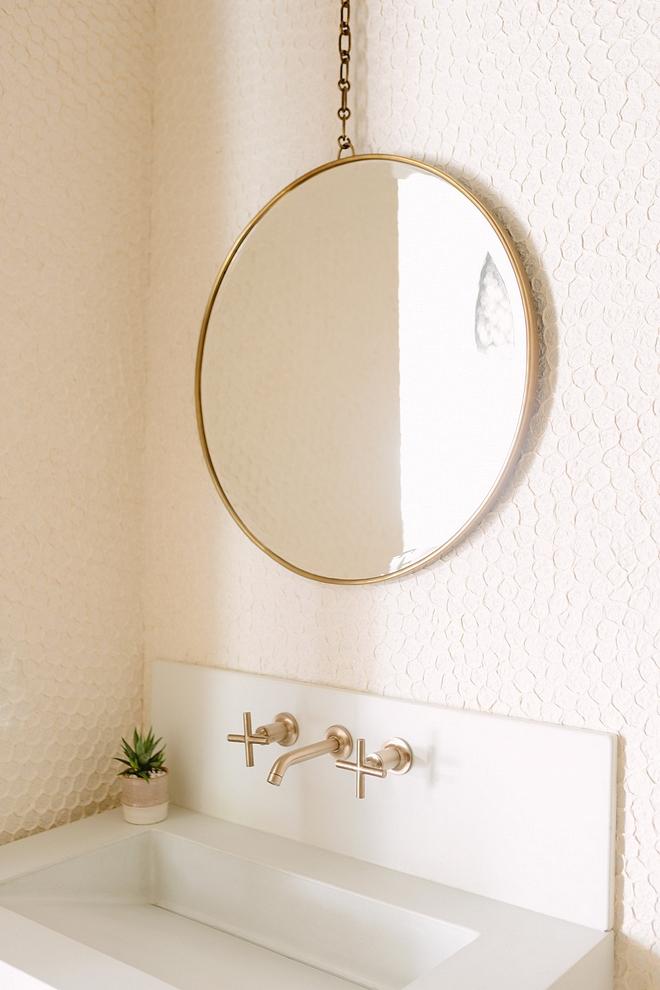 Brass Round Mirror with Chain Brass Round Mirror Best Brass Round Mirrors Brass Round Mirror #BrassRoundMirror #ChainMirror