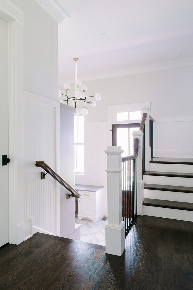 Classic Gray by Benjamin Moore Classic Gray by Benjamin Moore room paint color Classic Gray by Benjamin Moore #ClassicGraybyBenjaminMoore #roompaintcolor