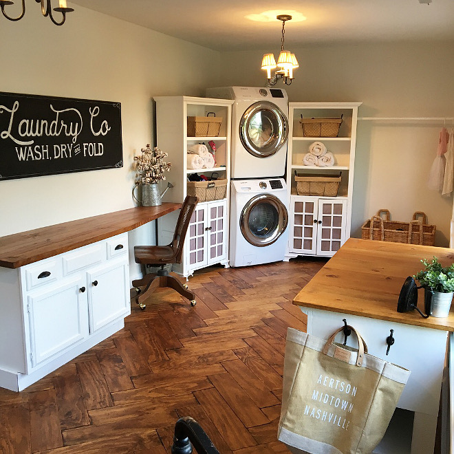 Farmhouse Laundry Room with herringbone hardwood flooring Farmhouse Laundry Room with herringbone hardwood flooring ideas #FarmhouseLaundryRoom #herringbonehardwoodflooring #herringboneflooring