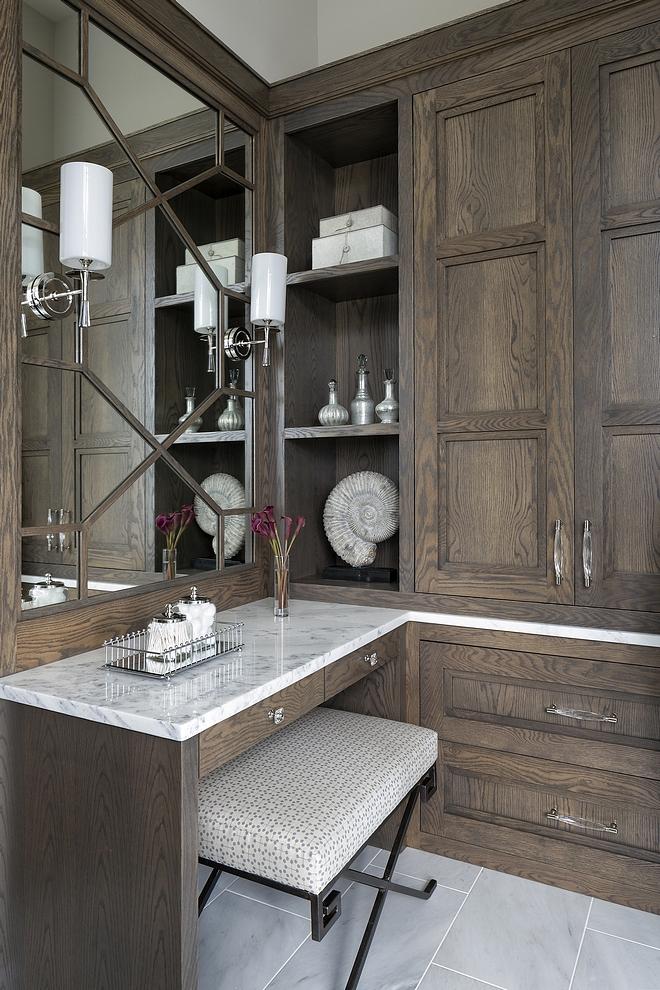 Make-up vanity Make-up vanity Beautiful and practical make-up vanity with Oak cabinetsMake-up vanity #Makeupvanity
