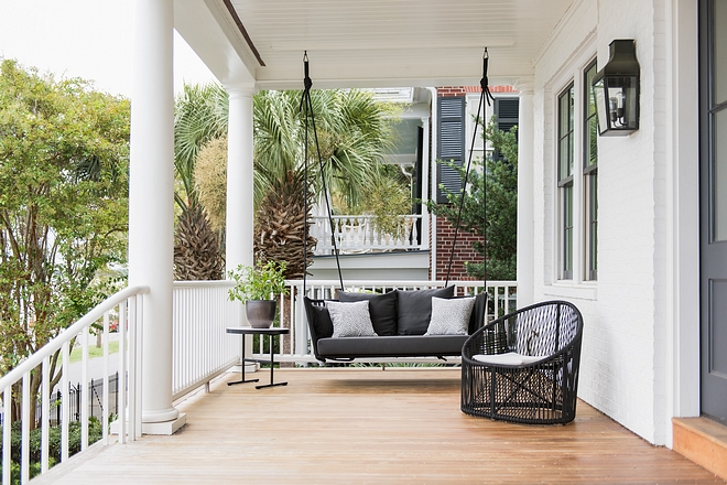 Modern Front Porch with Modern Outdoor Furniture Modern Front Porch with Modern Outdoor #ModernFrontPorch #ModernOutdoorFurniture