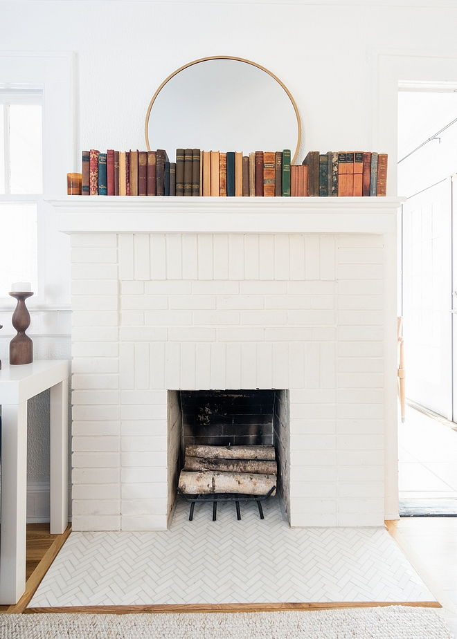 White Brick Fireplace Paint Color Behr Ultra Pure White #WhiteBrickFireplace #WhiteBrickFireplacePaintColor #BehrUltraPureWhite