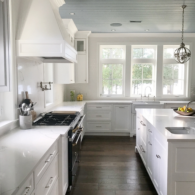Benjamin Moore OC-117 Simply White Cabinet Colour Benjamin Moore OC-117 Simply White Kitchen cabinet Clour Benjamin Moore OC-117 Simply White #BenjaminMooreOC117SimplyWhite #paintcolour