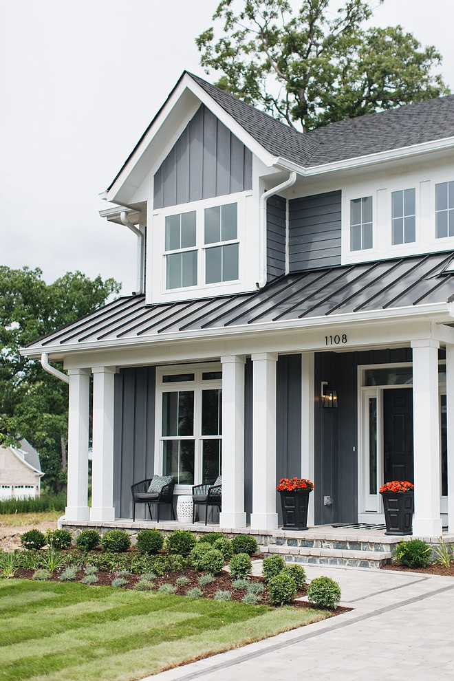 Hardie siding and board and batten in James Hardie Night Gray - a new color from Hardie James Hardie Night Gray #JamesHardieNightGray #HardieNightGray