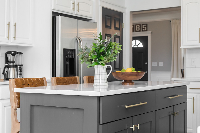 Benjamin Moore Cheating Heart DIY kitchen island painted in Benjamin Moore Cheating Heart Benjamin Moore Cheating Heart #BenjaminMooreCheatingHeart