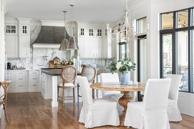 Breakfast room This is one of my favorites breakfast rooms ever share on Home Bunch Breakfast room Breakfast room Breakfast room #Breakfastroom