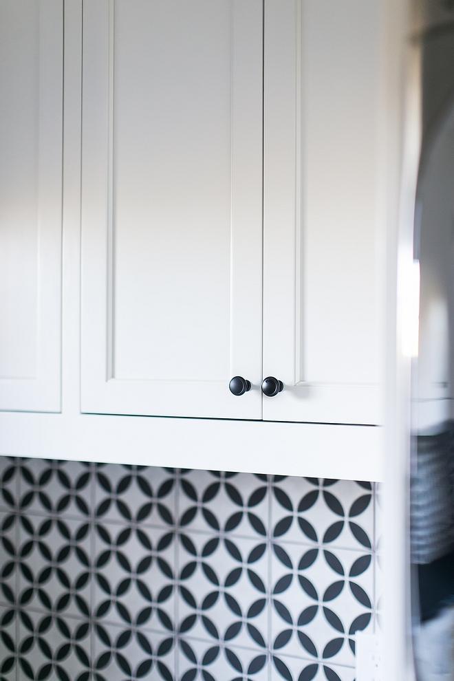 Benjamin Moore White Dove cabinet with black matte hardware