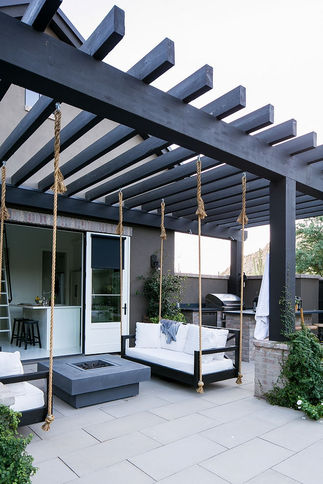 Patio Pergola with swing beds and outdoor kitchen Patio Pergola with swing beds and outdoor kitchen Backyard #Backyard #Patio #Pergola #outdoorkitchen