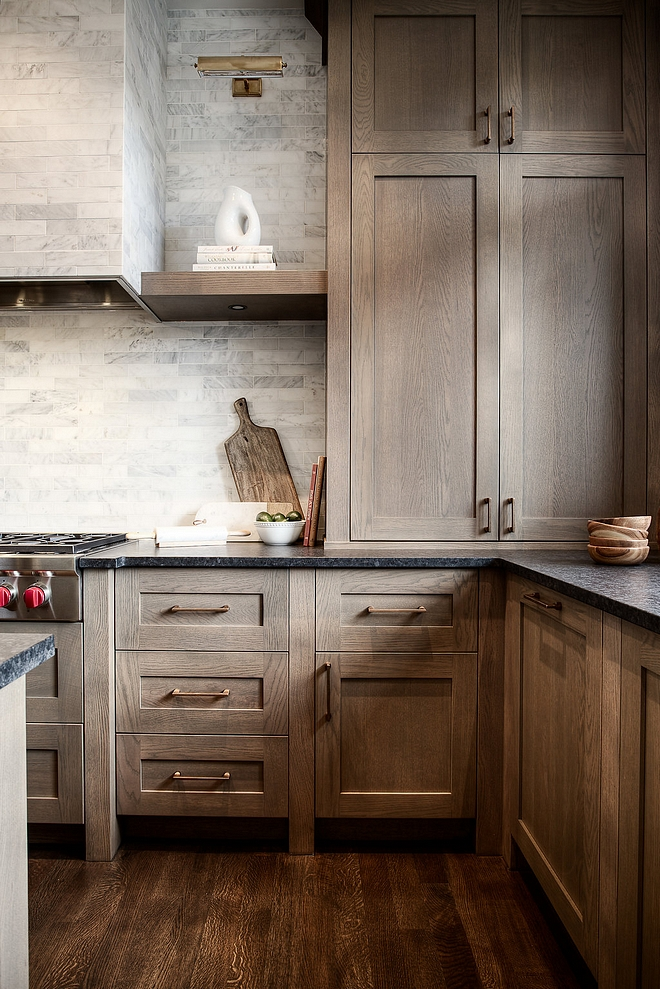 White Oak Kitchen Cabinet Style Shaker style profile for the cabinet doors Rough sawn White Oak White Oak Kitchen Cabinet Style Shaker style profile for the cabinet door #RoughsawnWhiteOak #WhiteOakKitchenCabinet #kitchencabinetStyle #Shakerstylekitchencabinet #cabinetdoorprofile #shakercabinetdoor