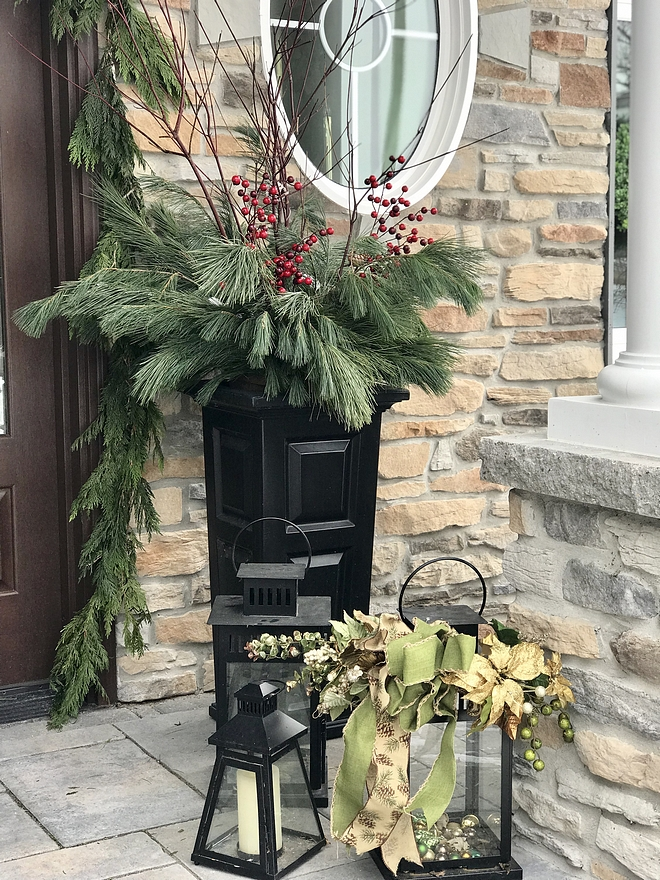 Christmas Planter Traditional Christmas Planter decor Christmas Planter ideas I purchased these pretty, ready-made planters this year at a local nursery Traditional Christmas Planter ideas #ChristmasPlanter