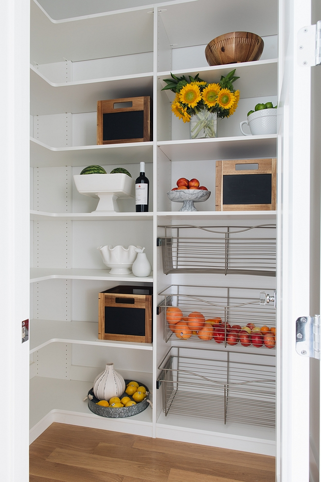 Pantry with pull-out metal drawers Walk-in Pantry with pull-out metal drawers Pantry with pull-out metal drawers #Pantry #pulloutmetaldrawers #metaldrawers #walkinpantry