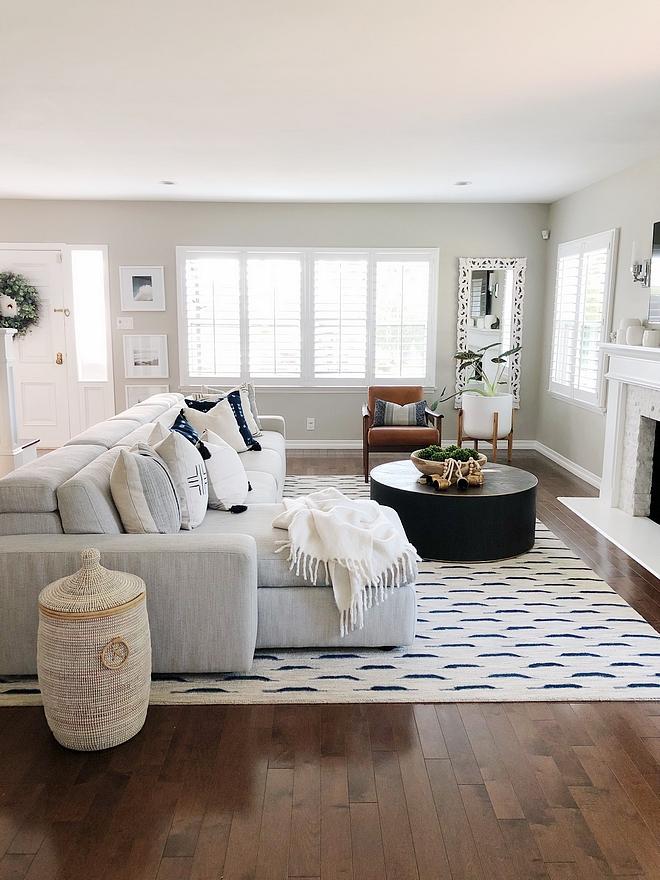 Benjamin Moore London Fog Benjamin Moore London Fog Wall paint color Benjamin Moore London Fog works with low ceiling This ceiling is 8 feet #BenjaminMooreLondonFog #BenjaminMoore #LondonFog #lowceiling #paintcoor